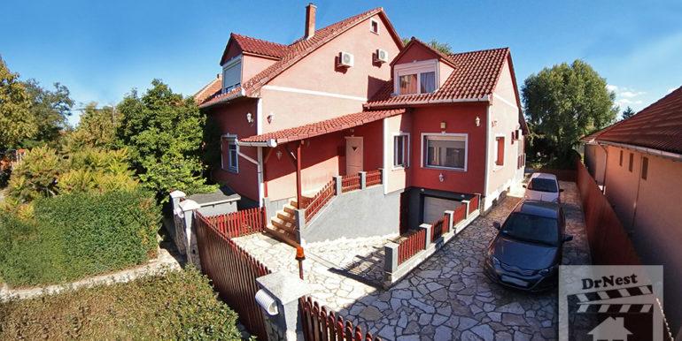 eladó ház külső